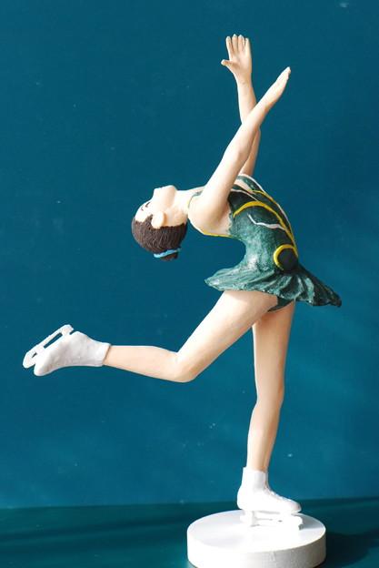 フィギュアスケート人形左から2015.1.2.5