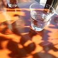 写真: コップの光1