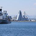 青森港と貨物船