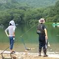 釣りを楽しむひと時(湯の湖)2
