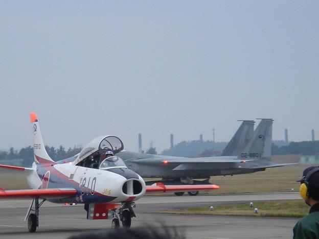 T-1A #810とF-15 #801