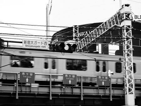 西新宿界隈 (新宿区西新宿)