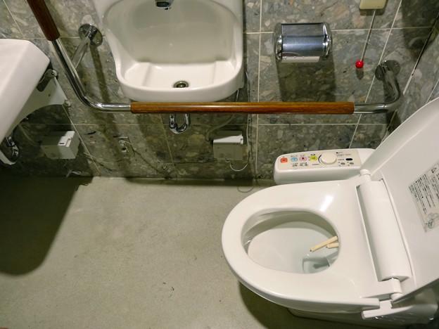 フレスタモールカジル横川 1F 車いす対応トイレ multipurpose restroom 広島市西区横川町3丁目