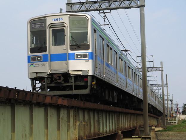 10030系、古利根川を渡る。 @東武鉄道野田線 藤の牛島~春日部