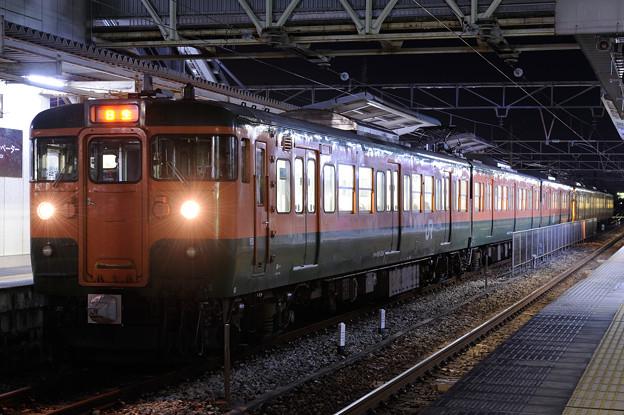 115系湘南色 東岡山駅