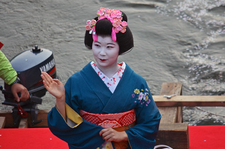 160416霞城公園の舞子さん05