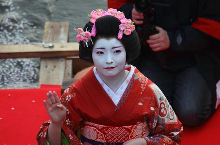 160416霞城公園の舞子さん06