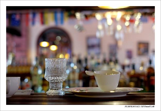 昼間のカフェバー
