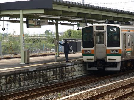 211系(宝積寺駅)4