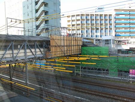 東神奈川駅構内4