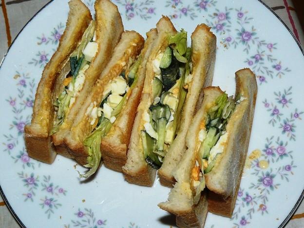 9931440_2012年9月7日昼にサンドイッチ食べたくなった