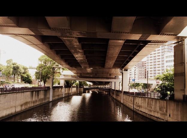山下橋より