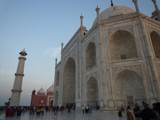 17 タージ・マハル の墓廟とミナレット Taj Mahal with minaret & Mosque