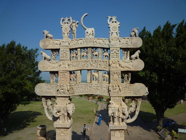 珠玉の第1塔北塔門 Best preserved Northern torana,Sanchi