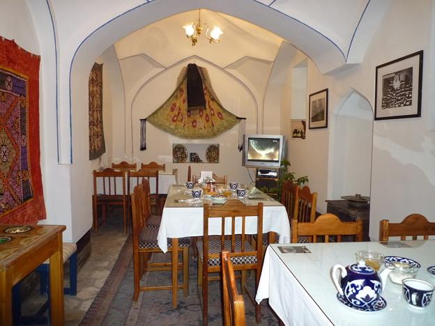 シルクロード隊商宿のカフェ Restored Caravansaray,Silk Road