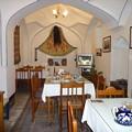 写真: シルクロード隊商宿のカフェ Restored Caravansaray,Silk Road