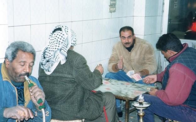 写真: 水タバコのカフェ, ヨルダン Waterpipe cafe in Amman,Jordan