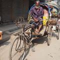 写真: 働けど猶生活楽にならざり Riksha-Wala in Dhaka