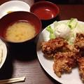 写真: 今日食べた唐揚げ定食(特大)です。全部食べきれず…友人に食べてもらいました。