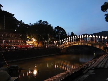 和霊大祭の宵03 須賀川にかかる太鼓橋
