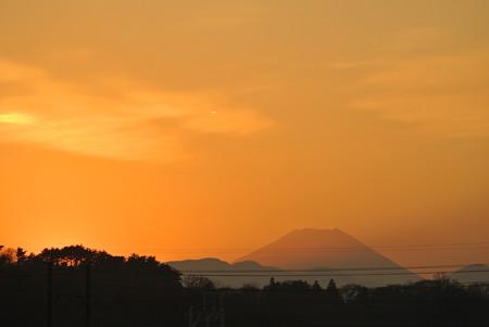 多摩川橋梁からの富士山