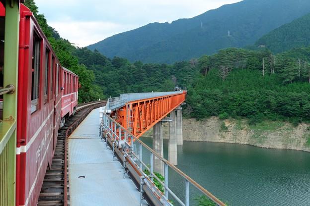 2014.07.28 あぷとライン井川線 奥大井湖上駅手前