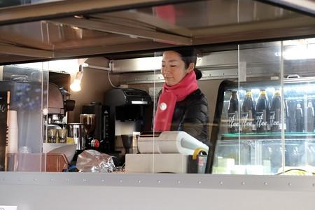 2015.12.04 丸の内仲通り CITROEN H VAN Coffee移動販売