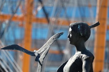 2016.01.22 みなとみらい 海鳥達の風 1986 峯田義郎