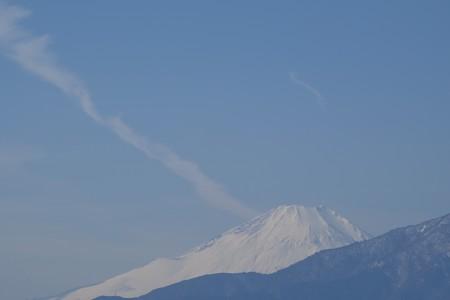 2016.01.27 駅前 富士山 雲
