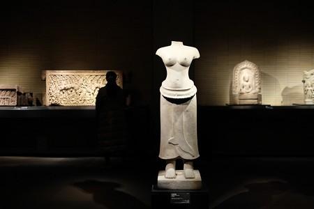 2016.02.17 東京国立博物館 女神立像 カンボジア・プレア・コー TC-400