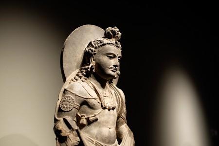 2016.02.17 東京国立博物館 菩薩立像 横顔 ガンダーラパキスタン TC-81