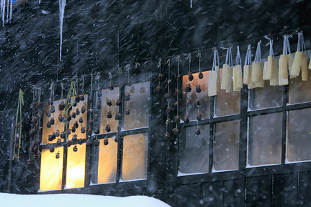 2010.01.15 鶴の湯 窓