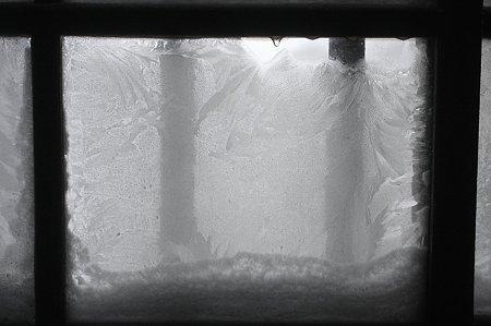 2010.01.16 鶴の湯 黒湯 窓-4