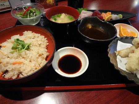 160129-1炊き込みご飯定食