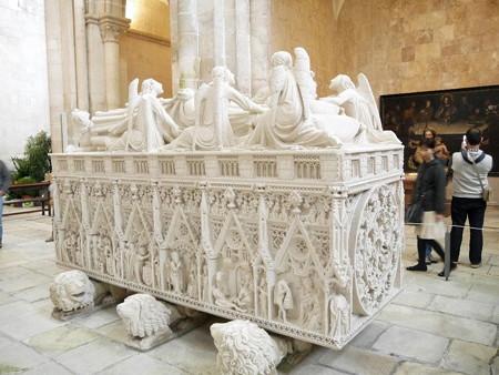 160328-33ペドロ1世棺