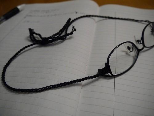 メガネのツル