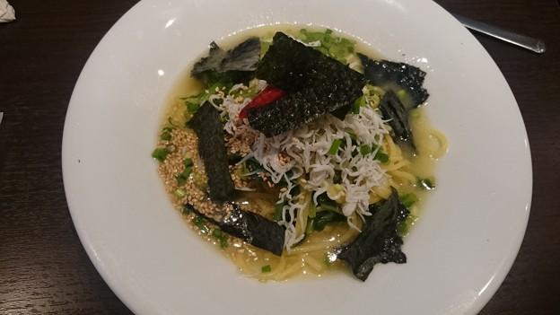 釜揚げしらすと小松菜のペペロンチーノスパゲッティ