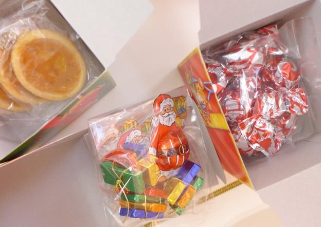 カルディコーヒーファーム クリスマス クロックティン 輸入菓子 中身