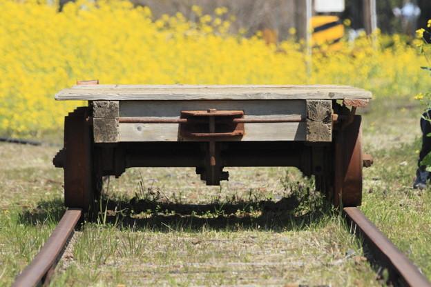 春を運ぶ台車