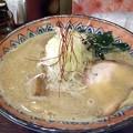写真: しじみそば・太麺+煮玉子@蕪村・長野市
