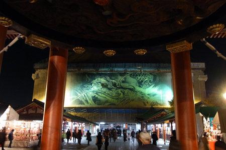 浅草寺の龍!(091217)