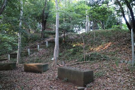 高幡城 (2)