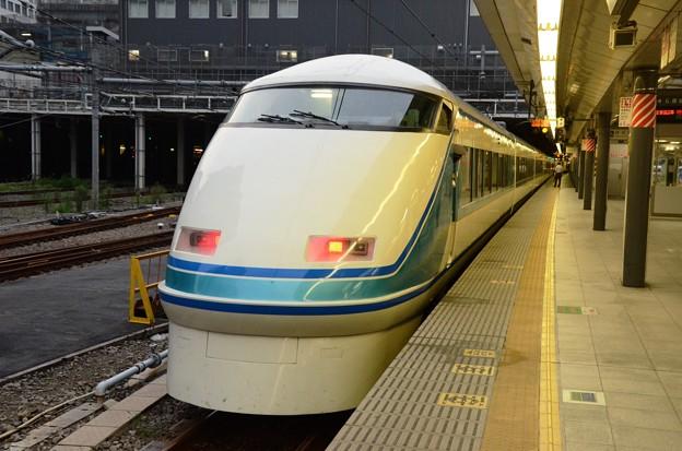 スペーシアきぬがわ7号新宿発車!