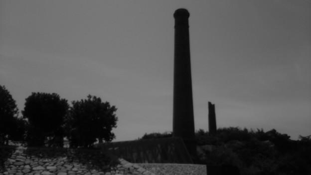 Photos: ものいいたげな煙突