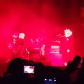 赤いステージ