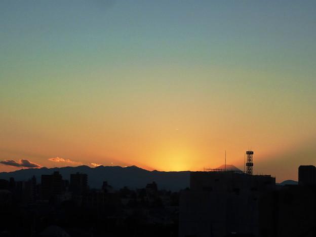 写真: 元旦の日の夕焼け