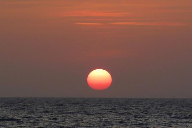 Photos: 美浜の堤防から