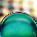 写真: ホログラム上のビー玉4 サムネ用