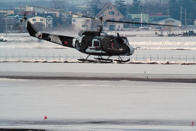 冬季迷彩 UH-1H 41603 NH 1992.MAR 丘珠