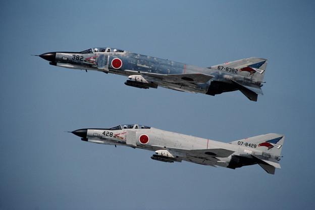 Photos: F-4EJ 8382+8428 302sq CTS 1981.05